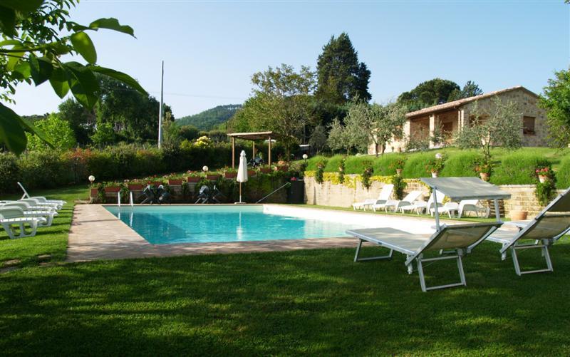 Montepulciano agriturismo nobile agriturismo montepulciano agriturismi toscana siena camere e - Agriturismo san gimignano con piscina ...
